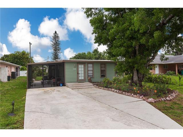 851 104th Ave N, Naples, FL 34108 (MLS #217041762) :: The New Home Spot, Inc.