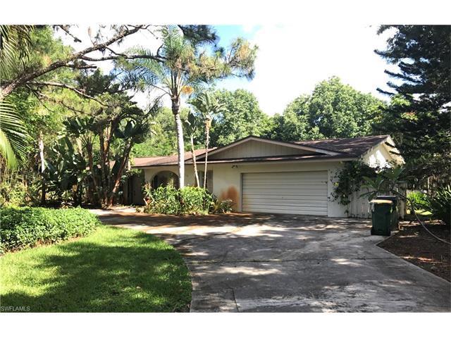 179 Mahogany Dr, Naples, FL 34108 (MLS #217041852) :: The New Home Spot, Inc.