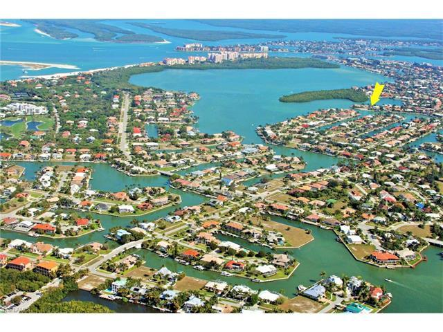 640 Rockport Ct, Marco Island, FL 34145 (MLS #217041940) :: The New Home Spot, Inc.