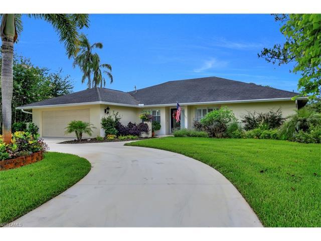 438 Cypress Way E, Naples, FL 34110 (#217042548) :: Homes and Land Brokers, Inc