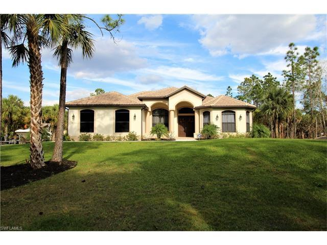 460 15th St SW, Naples, FL 34117 (#217042682) :: Homes and Land Brokers, Inc