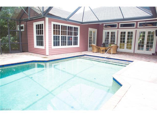 8137 Ronda Ct, Naples, FL 34109 (#217043553) :: Homes and Land Brokers, Inc