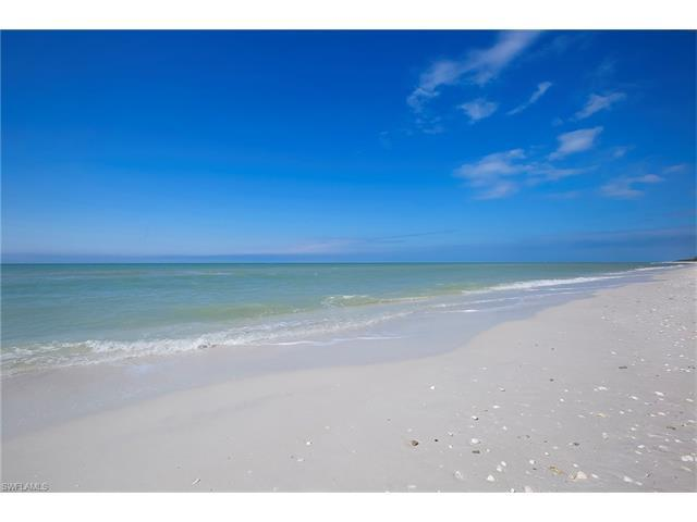 10275 Keewaydin, Naples, FL 34101 (#217043720) :: Homes and Land Brokers, Inc