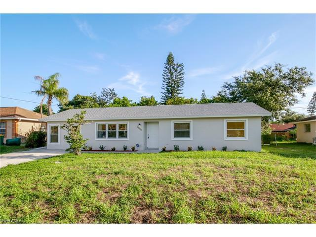 4985 22nd Pl SW, Naples, FL 34116 (#217044815) :: Homes and Land Brokers, Inc