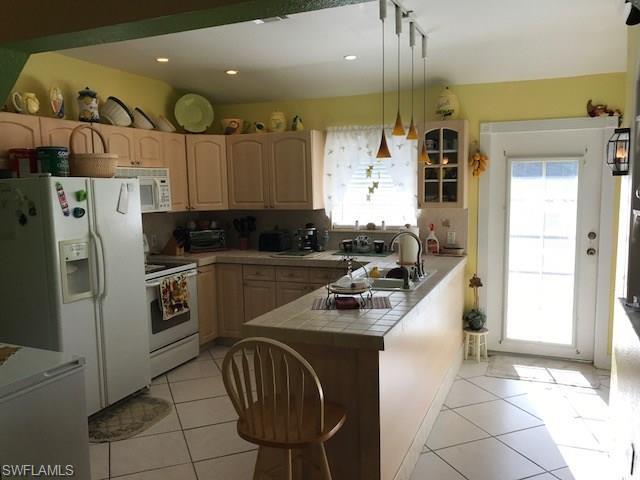 1704 Benton Rd, Naples, FL 34117 (#217045047) :: Homes and Land Brokers, Inc