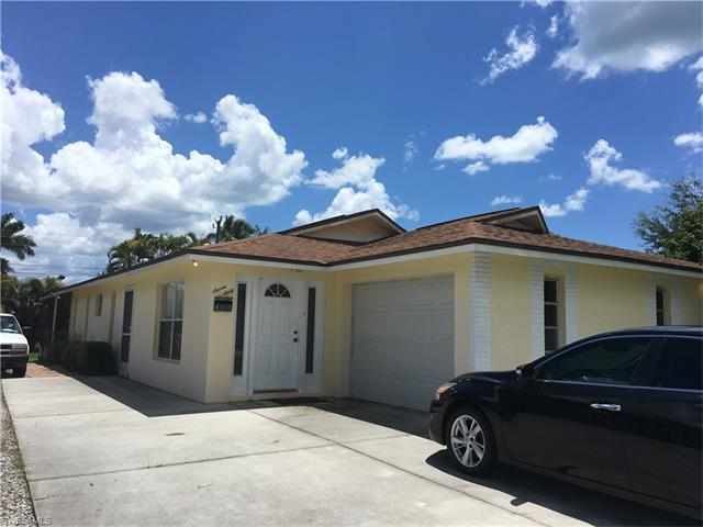 760 94th Ave N, Naples, FL 34108 (#217045390) :: Homes and Land Brokers, Inc