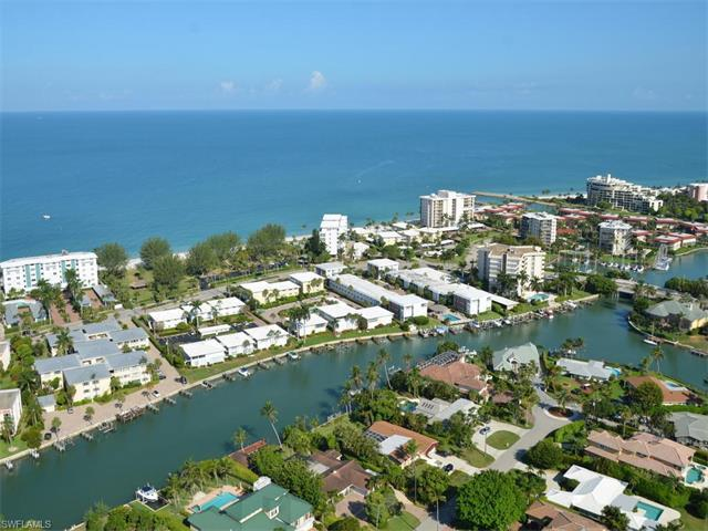 2100 Gulf Shore Blvd N #300, Naples, FL 34102 (#217045634) :: Homes and Land Brokers, Inc
