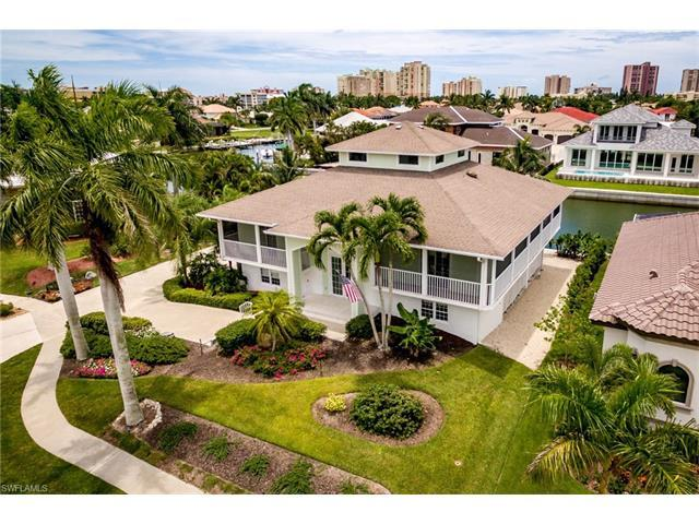 774 Pelican Ct, Marco Island, FL 34145 (#217046054) :: Homes and Land Brokers, Inc