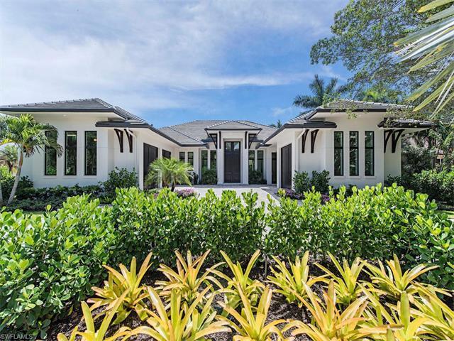 3120 Crayton Rd, Naples, FL 34103 (#217046140) :: Homes and Land Brokers, Inc