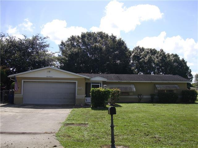 319 Inwood Ave S, Lehigh Acres, FL 33936 (#217046265) :: Homes and Land Brokers, Inc