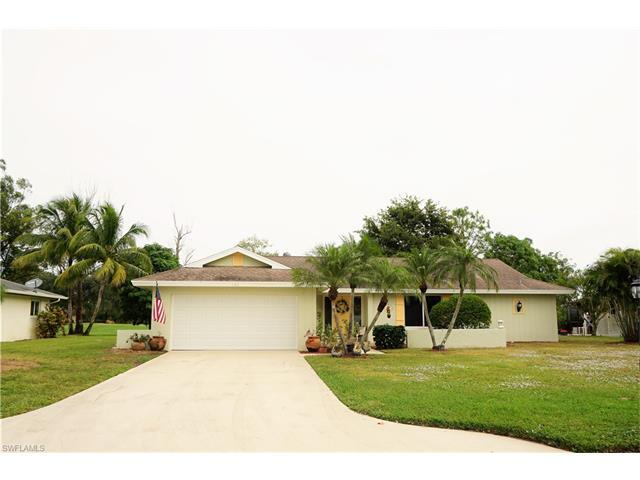 181 Forest Hills Blvd, Naples, FL 34113 (#217046398) :: Homes and Land Brokers, Inc