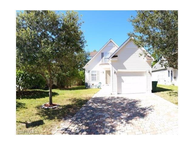 131 Leawood Cir, Naples, FL 34104 (#217046858) :: Homes and Land Brokers, Inc