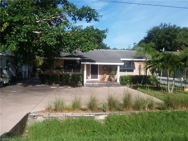 27260 Shriver Ave, Bonita Springs, FL 34135 (MLS #217047245) :: RE/MAX DREAM