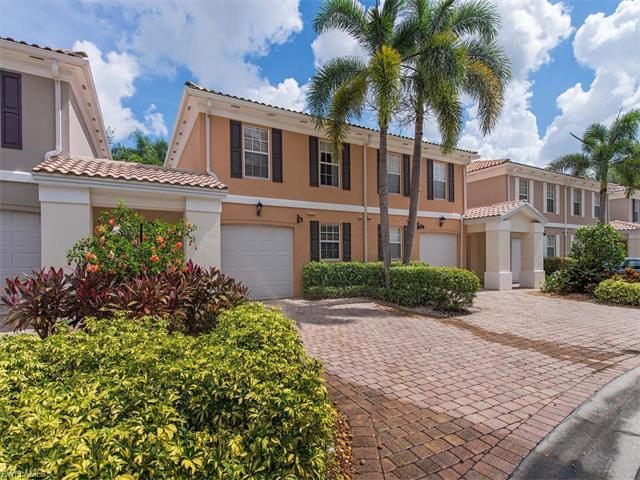 5766 Cove Cir, Naples, FL 34119 (#217047260) :: Homes and Land Brokers, Inc