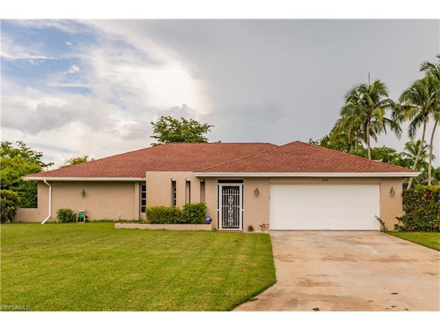 283 Bay Meadows Dr, Naples, FL 34113 (#217047522) :: Homes and Land Brokers, Inc