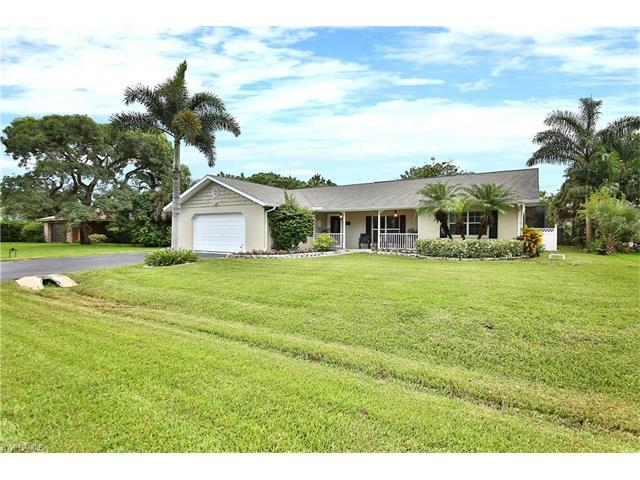 184 Palm View Dr, Naples, FL 34110 (#217048165) :: Homes and Land Brokers, Inc