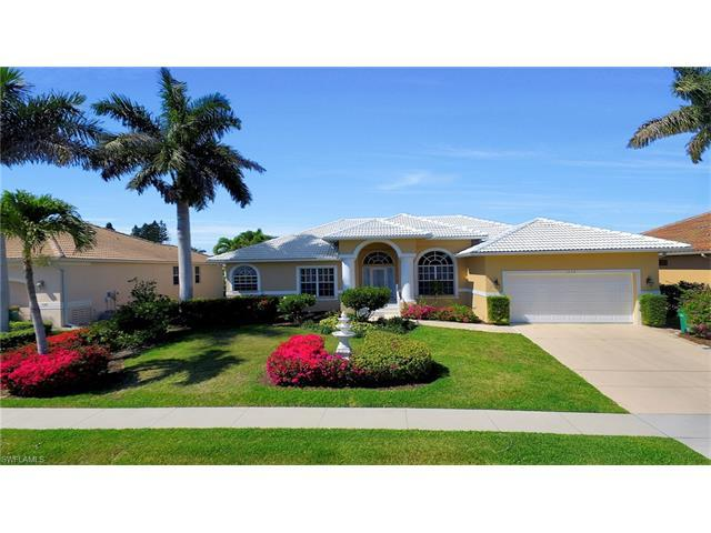 1130 Abbeville Ct, Marco Island, FL 34145 (#217048464) :: Homes and Land Brokers, Inc