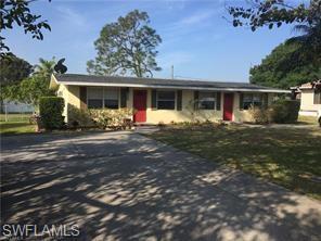 113 4 TH St N, Naples, FL 34113 (MLS #218023346) :: Clausen Properties, Inc.