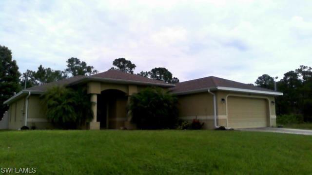 108 Greenbriar Blvd, Lehigh Acres, FL 33972 (MLS #218029934) :: The New Home Spot, Inc.