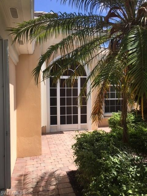 5239 Hawkesbury Way, Naples, FL 34119 (#218032648) :: Equity Realty