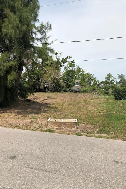 1935 50th St SW, Naples, FL 34116 (#218034638) :: Equity Realty