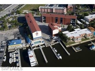750 River Point Dr, Naples, FL 34102 (MLS #218038741) :: Clausen Properties, Inc.