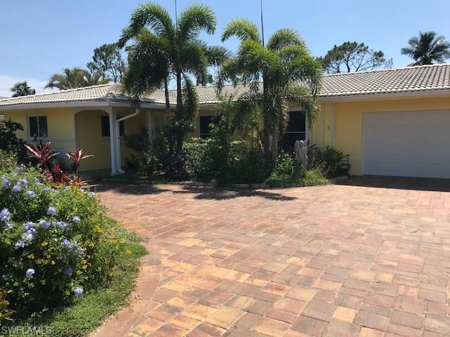 64 Pebble Beach Blvd, Naples, FL 34113 (#218043459) :: Equity Realty
