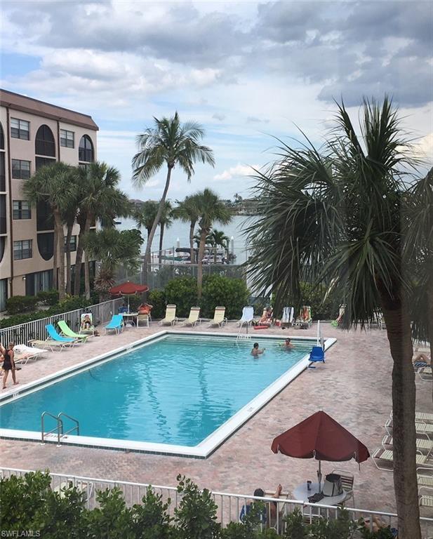 1023 Anglers Cv E-305, Marco Island, FL 34145 (MLS #218045059) :: The Naples Beach And Homes Team/MVP Realty