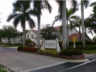 696 Windsor Sq #202, Naples, FL 34104 (MLS #218058152) :: Clausen Properties, Inc.