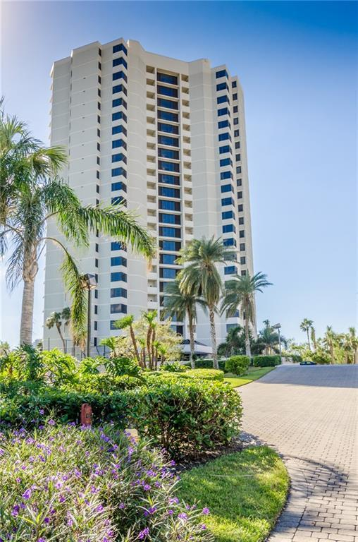 5555 Heron Point Dr #301, Naples, FL 34108 (MLS #218061014) :: The Naples Beach And Homes Team/MVP Realty