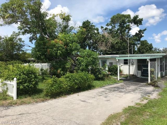 1025 Trail Terrace Dr, Naples, FL 34103 (MLS #218061714) :: The New Home Spot, Inc.