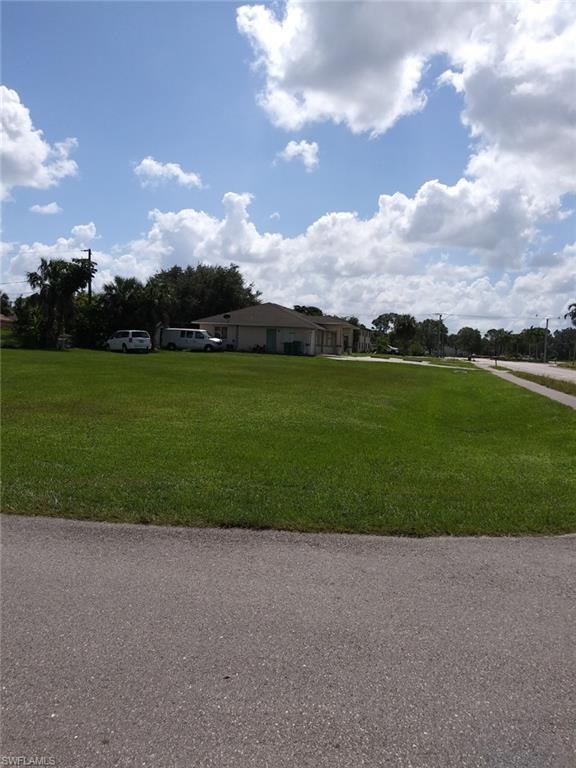 5196 23rd Ct SW, Naples, FL 34116 (#218066949) :: Equity Realty