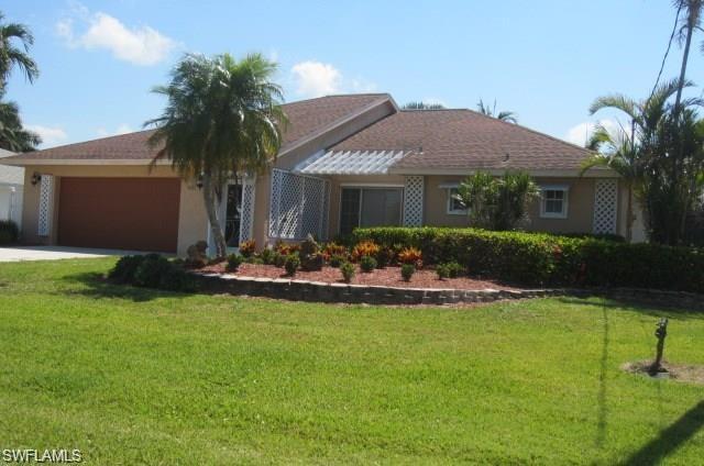 405 Grenada Ave, Naples, FL 34113 (MLS #218067227) :: Clausen Properties, Inc.