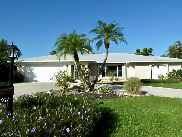 444 Forest Hills Blvd, Naples, FL 34113 (MLS #218067542) :: Palm Paradise Real Estate