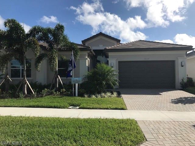 28507 Wharton Dr, Bonita Springs, FL 34135 (MLS #218068987) :: The New Home Spot, Inc.