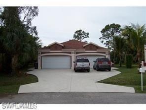 8525 Tamara Ct, Bonita Springs, FL 34135 (MLS #218074582) :: The Naples Beach And Homes Team/MVP Realty