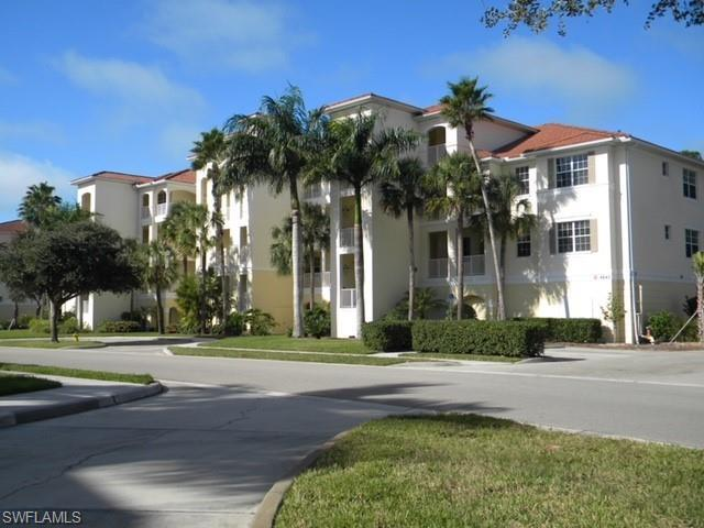 4843 Hampshire Ct 2-102, Naples, FL 34112 (#218076641) :: The Key Team