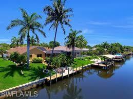 3202 SW 11th Pl, Cape Coral, FL 33914 (MLS #218081516) :: Kris Asquith's Diamond Coastal Group