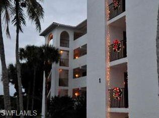 21 High Point Cir E #107, Naples, FL 34103 (#218082480) :: Southwest Florida R.E. Group LLC