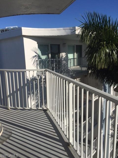 1300 Gulf Shore Blvd N #700, Naples, FL 34102 (#219001276) :: Equity Realty