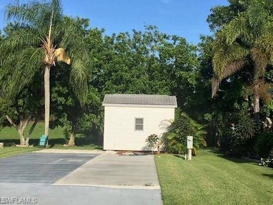 4015 Crystal Lake Dr, Naples, FL 34120 (MLS #219001953) :: RE/MAX DREAM