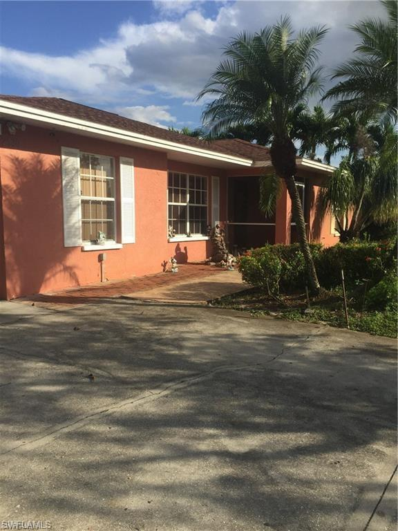 2530 53Rd St SW, Naples, FL 34116 (MLS #219003198) :: The Naples Beach And Homes Team/MVP Realty