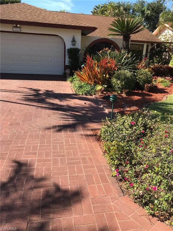 13238 Winsford Ln, Fort Myers, FL 33966 (MLS #219006219) :: Clausen Properties, Inc.