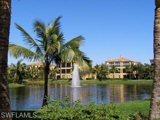 2647 Bolero Dr 13-2, Naples, FL 34109 (MLS #219008063) :: Clausen Properties, Inc.