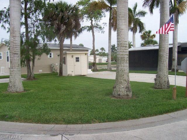 549 Cheetah Dr, Naples, FL 34114 (MLS #219011396) :: Clausen Properties, Inc.