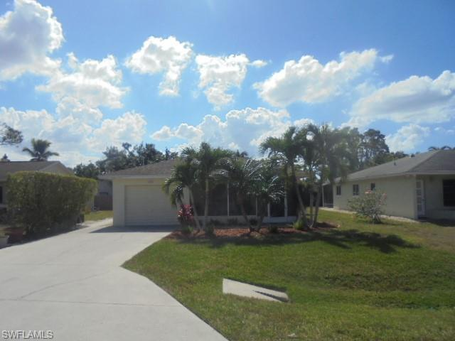 524 101st Ave N, Naples, FL 34108 (MLS #219012726) :: RE/MAX Realty Group