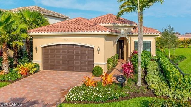 4475 Crimson Ave, Naples, FL 34119 (MLS #219016805) :: John R Wood Properties