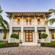 755 1st Ave N, Naples, FL 34102 (MLS #219022870) :: #1 Real Estate Services