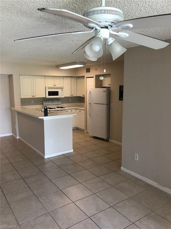 1195 Wildwood Lakes Blvd 6-105, Naples, FL 34104 (MLS #219032431) :: #1 Real Estate Services
