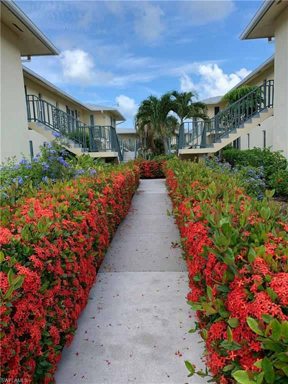 195 Peppermint Ln #884, Naples, FL 34112 (MLS #219042090) :: The Naples Beach And Homes Team/MVP Realty
